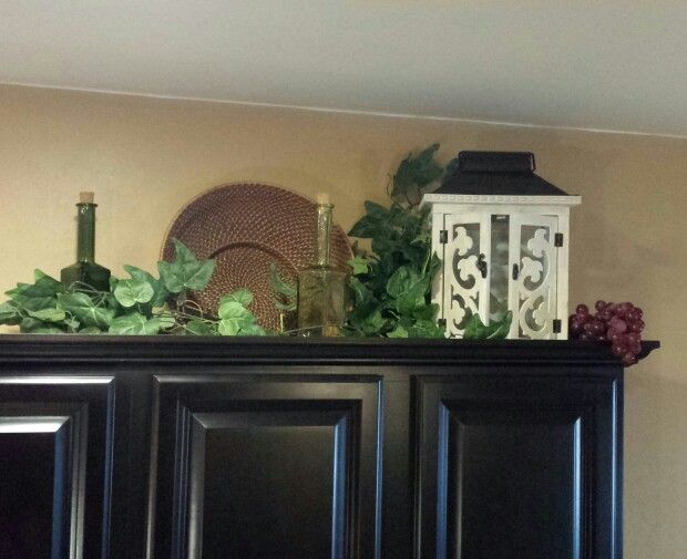 Tuscan decor above cabinets decorating pinterest Above kitchen cabinet decorating idea pictures