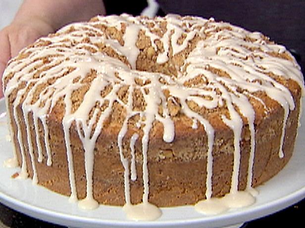 Sour Cream Coffee Cake http://all-desserts.blogspot.com/2011/03/sour ...
