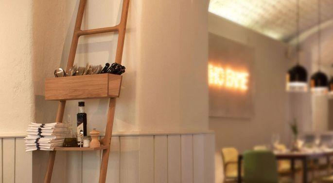 20170414&185738_Witte Ladder Badkamer ~ Ladder in je badkamer  Woonnieuws  Pinterest