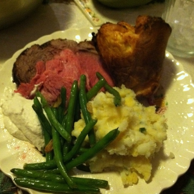 Standing Rib Roast (Prime Rib) With Yorkshire Pudding Recipe ...