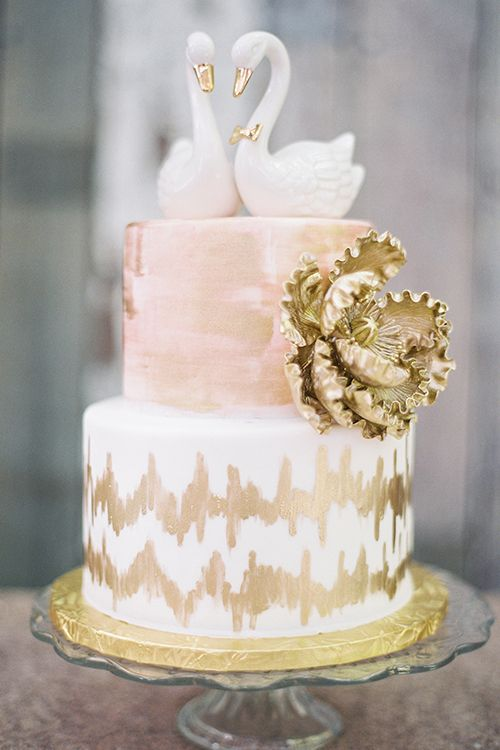 Wedding Cake Sacramento Two Tier Blush And Gold Wedding Cake With A Swan Topper By
