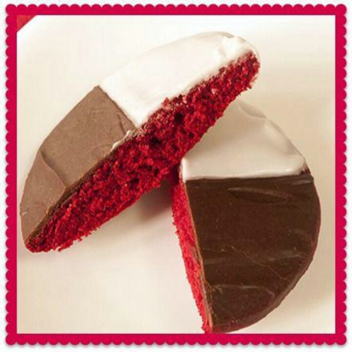 Black and white red velvet cookie from salad in a jar