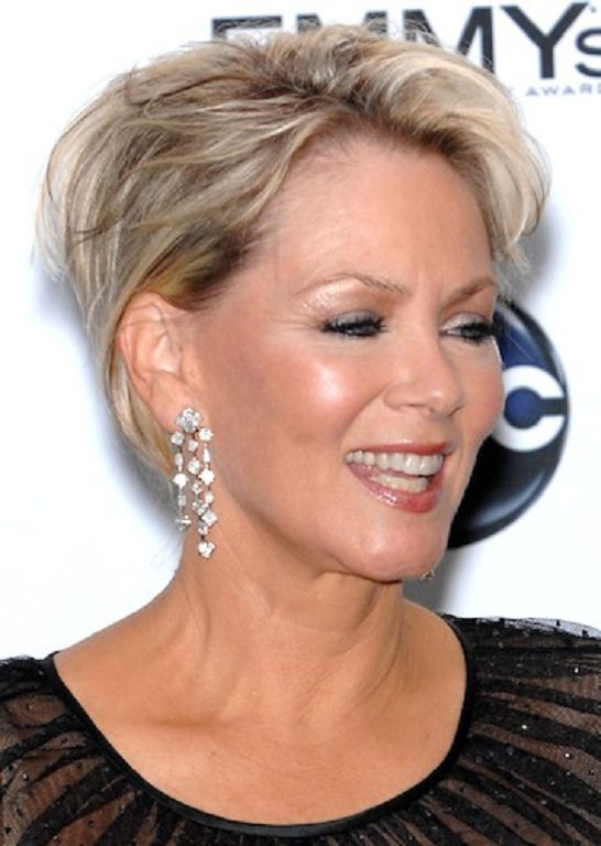 Short Hairstyles for Round Faces over 50 hair styles