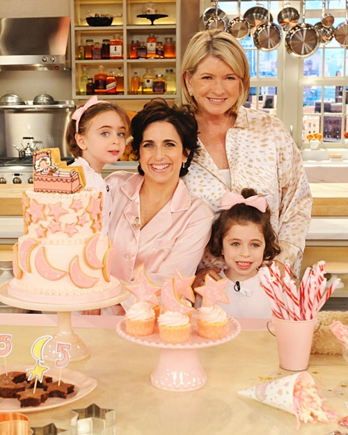 I saw this woman on Martha Stewart and she had the most amazing slumber party ideas for little girls.  I am going to use some of her ideas for Olivia's party in  February.