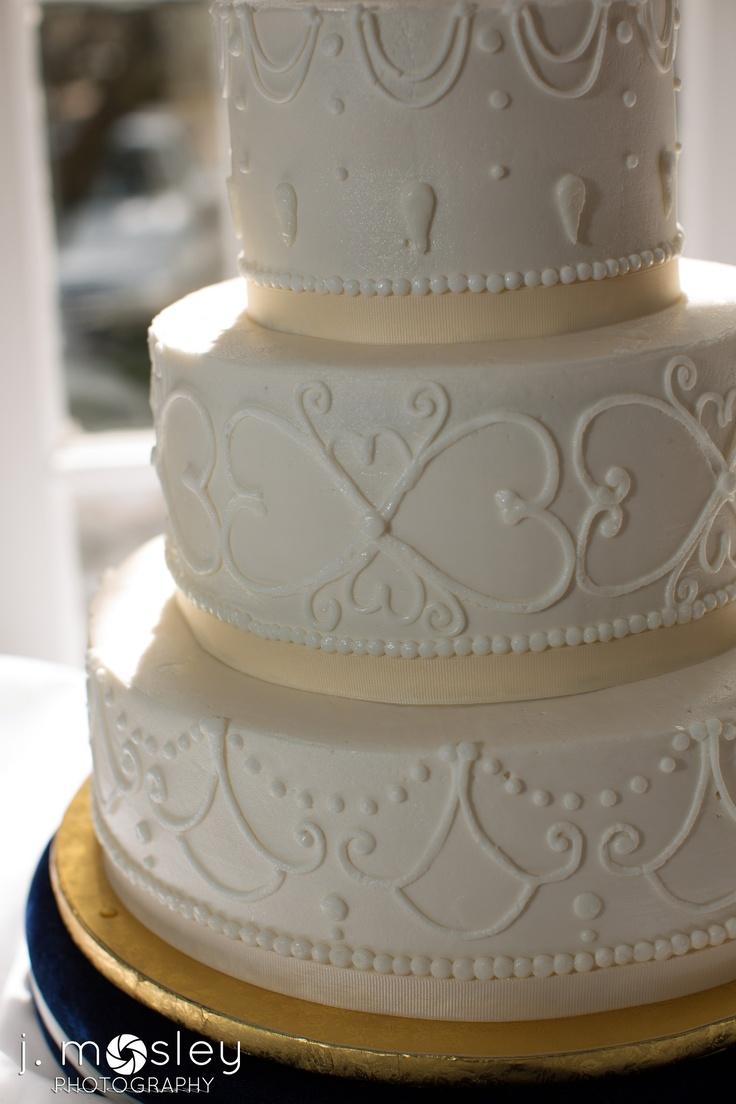 vintage piped wedding cake wedding cakes pinterest. Black Bedroom Furniture Sets. Home Design Ideas