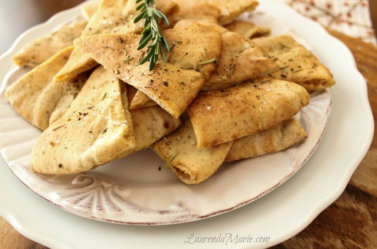 crispy oven baked rosemary pita chips | Skinny Bitch Recipes | Pinter ...