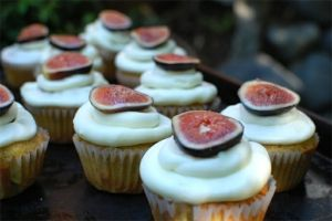 Fig topped