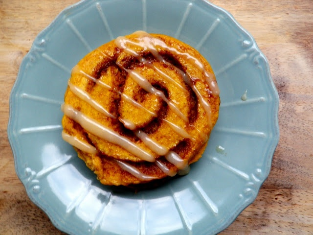 Pumpkin Cinnamon Roll Pancakes | Tasty Foods | Pinterest
