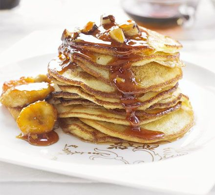 sticky banana and buttermilk pancakes