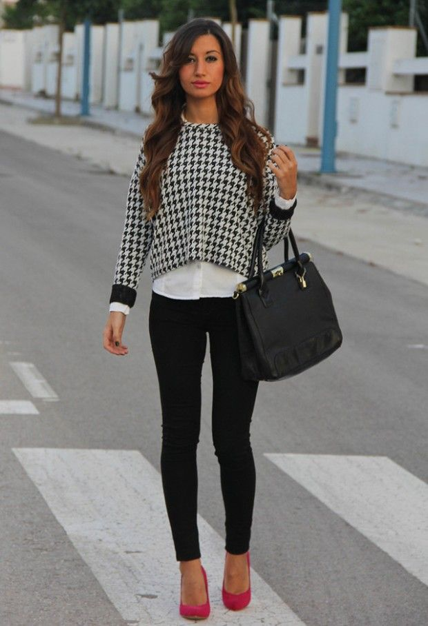 20 Amazing Office Chic Outfit Ideas - Style Motivation. I would have black or nude shoes with this outfit