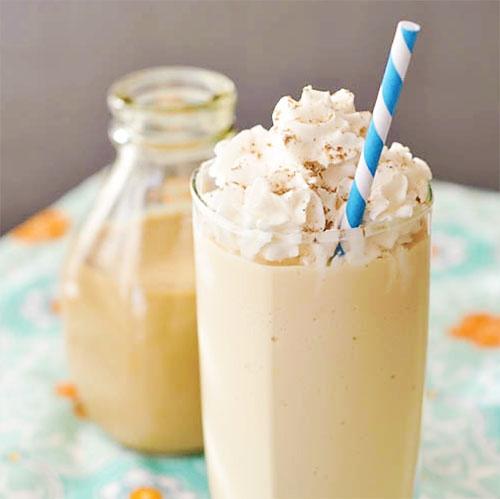 Salted Caramel Milkshake | Comida bonita | Pinterest