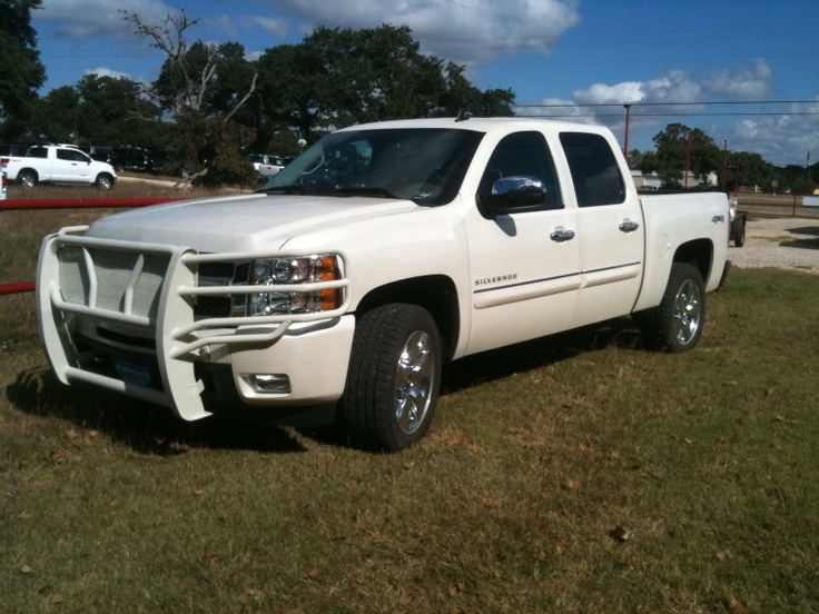 George   George Strait s personal 2011 Chevy Silverado truck equippedGeorge Strait Truck