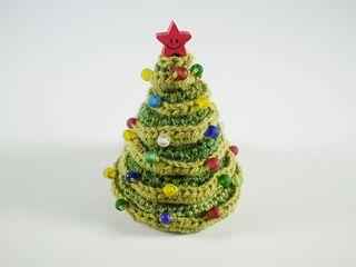 Amigurumi Neko Atsume Pattern : christmas tree amigurumi free pattern Crochet ...