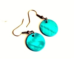 Angie. round shell earrings