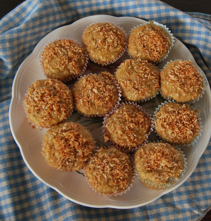 Tropical Coconut Pineapple Muffins | Vegan - Muffins / Scones | Pinte ...