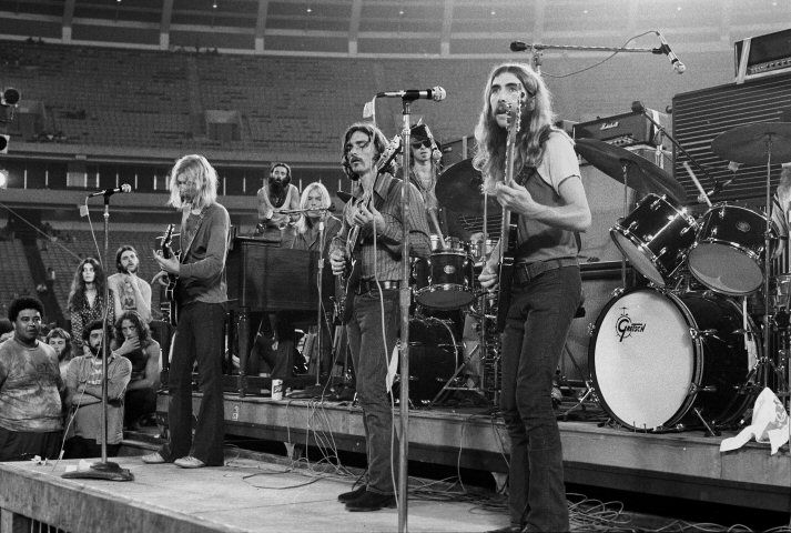 The Allman Brothers Band - Keep On Wondering