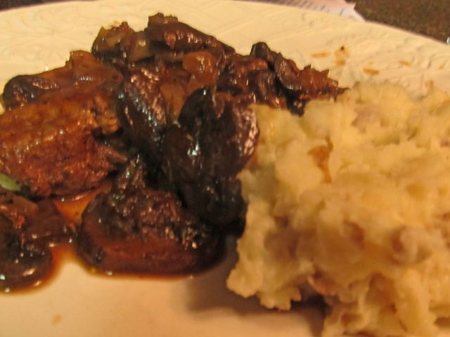 Braised Lamb Chops With Red Wine And Figs Recipe — Dishmaps