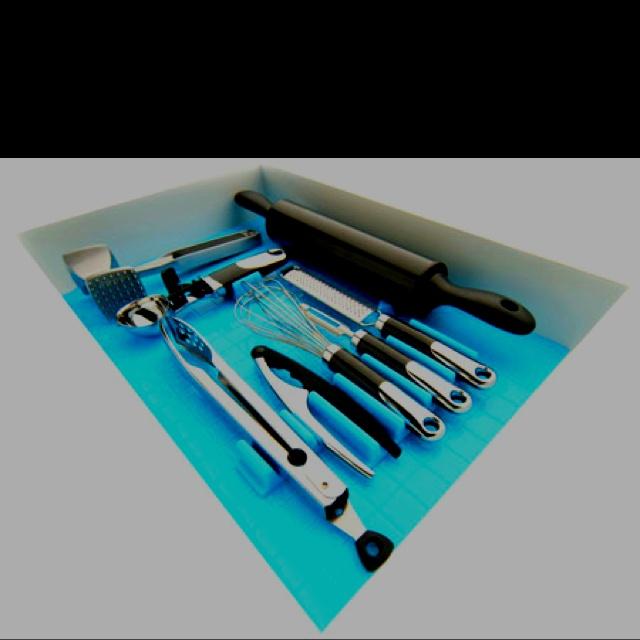 Drawer decor kitchen utensil organizer kitchen organized for Utensil organizer for small drawers