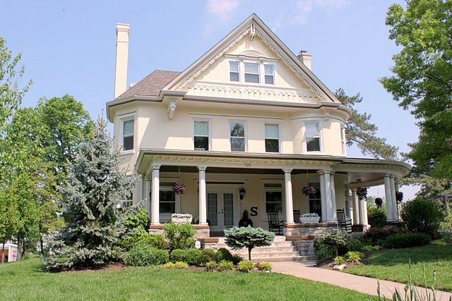 dream house complete with big porch dwellinggawker