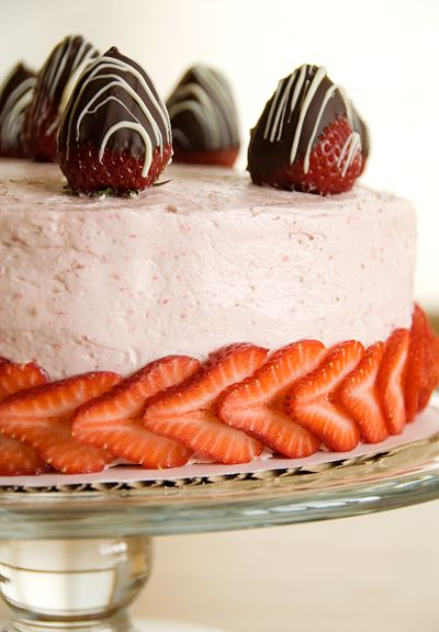 Strawberry buttercream chiffon cake | Cakes, Cupcakes and Frostings ...