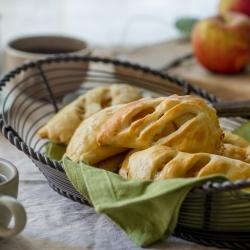 Brown Butter Apple Hand Pies   Cheesecakes, Cobblers, Pies, & Tarts ...