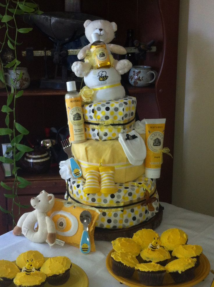 mom to bee themed baby shower baby showers pinterest