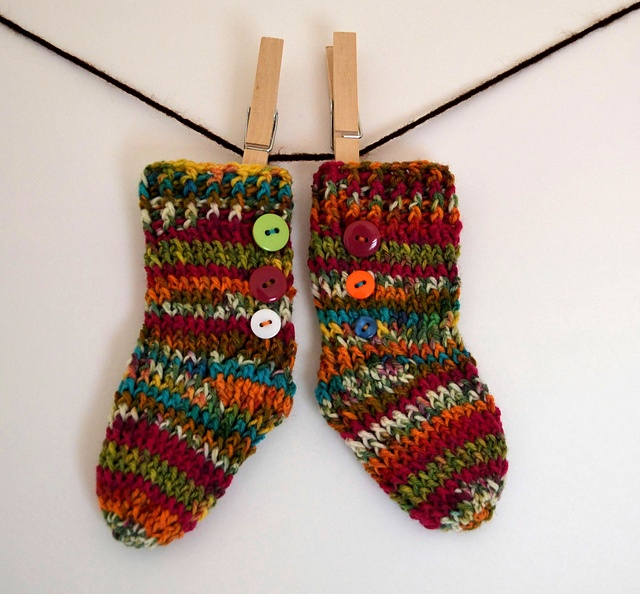 Crochet Patterns That Look Like Knitting : Newborn Socks (Crochet but look like Knit) pattern by Christins from ...