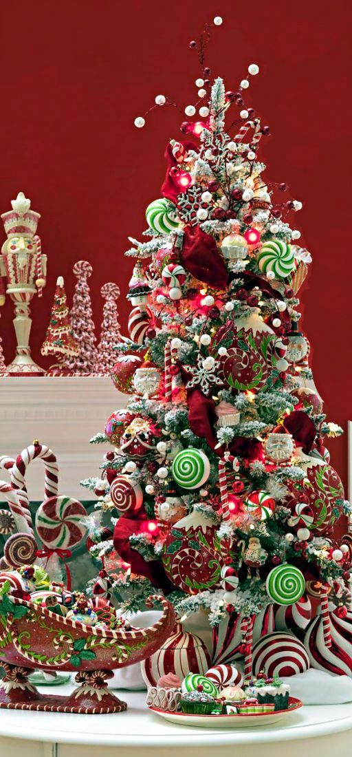 Christmas tree candy decorating christmas pinterest for Candy xmas tree decoration
