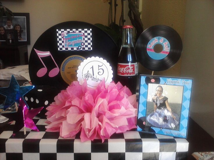 1950 39 s sweet sixteen birthday centerpieces alyse 39 s sweet for 1950s party decoration ideas