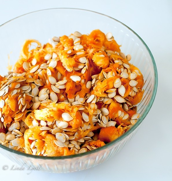 Toasted Pumpkin Seeds | Feed me! Primal or paleo recipes | Pinterest