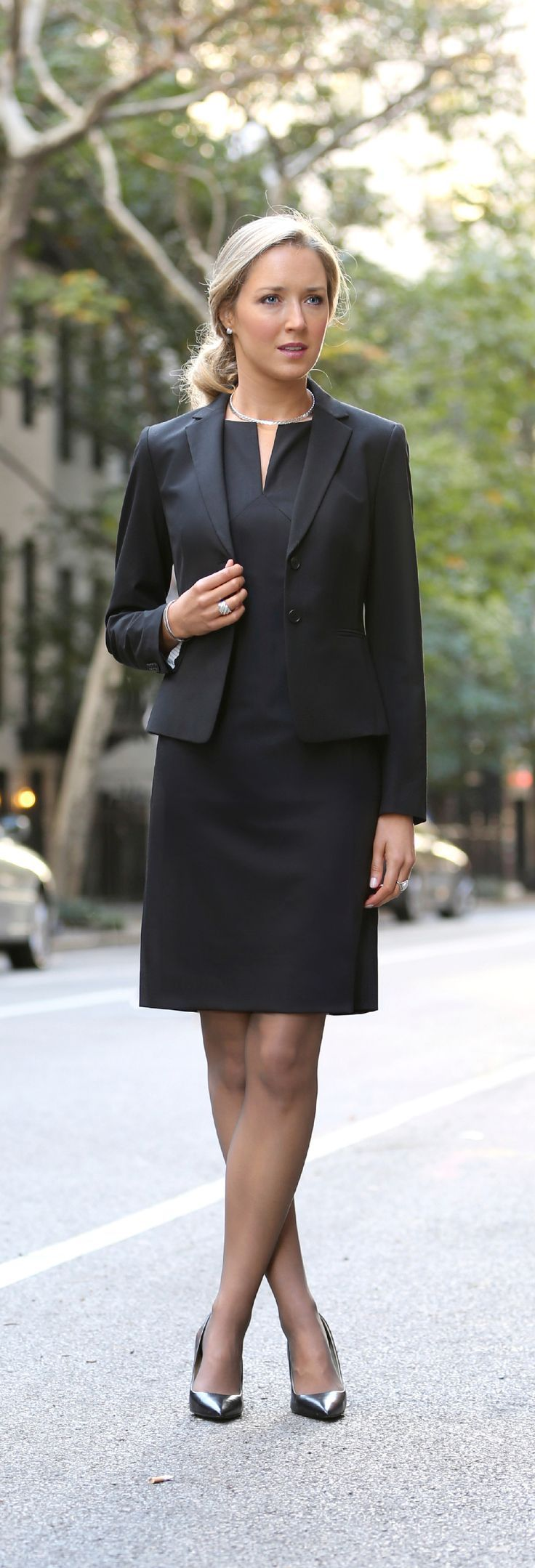 corporate business attire what to wear for women pinterest. Black Bedroom Furniture Sets. Home Design Ideas