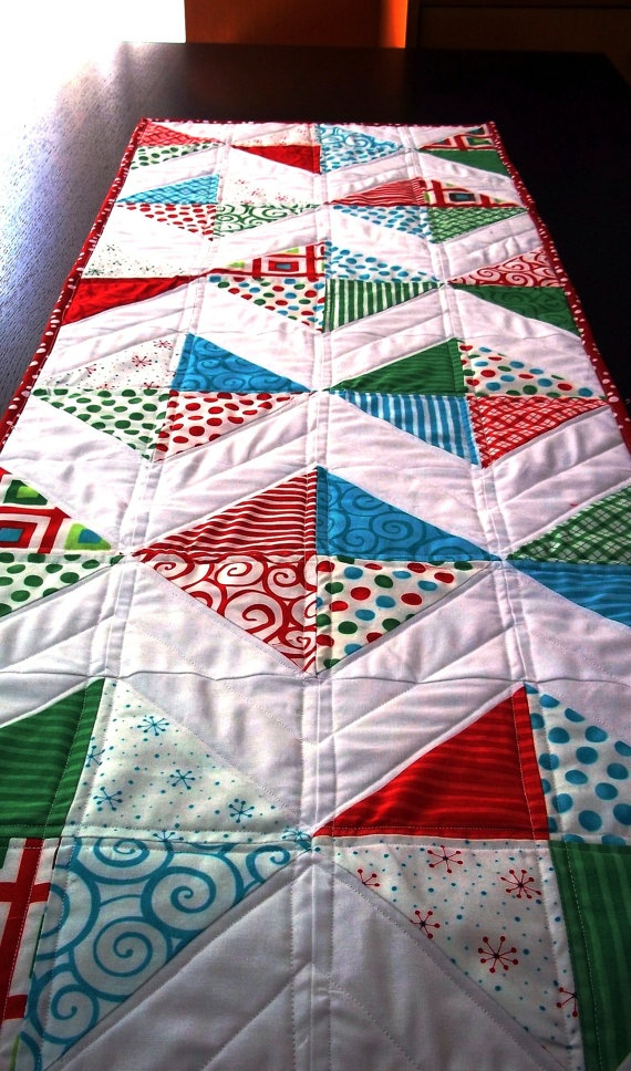 Diamonds Holiday Quilted Table Runner.  Like the colours. MF