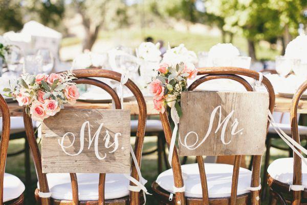 Moje wielkie wiejskie wesele rustykalne wesele czyli for Sillas para novios en la iglesia