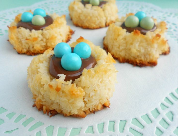 """Coconut Macaroon Nutella Nests - """"Are you my Mother?"""" bird's nest!"""