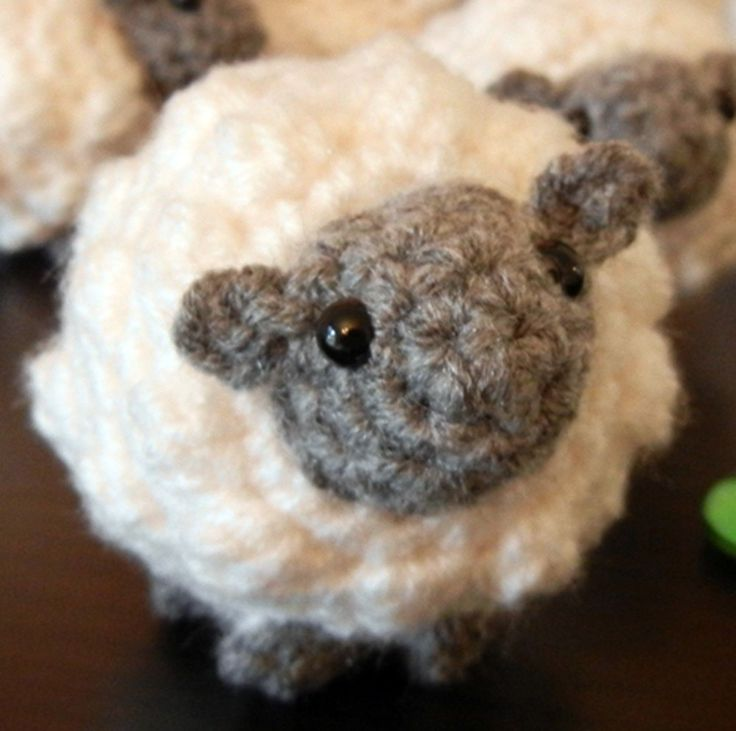 Amigurumi Crochet Lamb : Crochet Pattern: Amigurumi Sheep, Little Sheepy Who