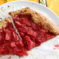 Rustic rhubarb and raspberry crostata | if only i could cook. | Pinte ...