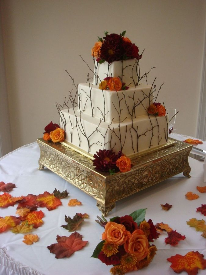 Beautiful Fall Wedding Cake