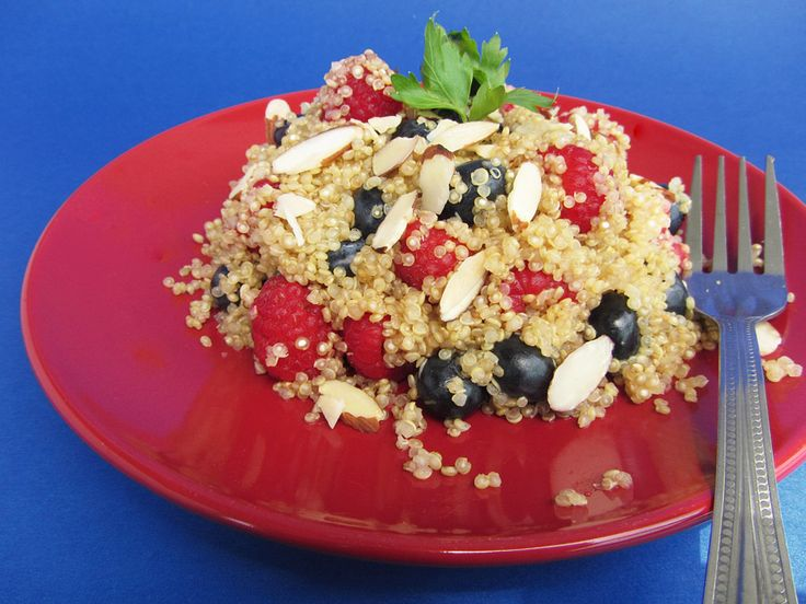 Berry Almond Quinoa Salad & 4 other quinoa summer salads with links to ...