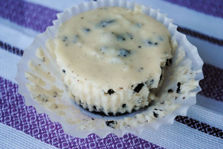 Mini cookies and cream cheesecakes | Delicious | Pinterest