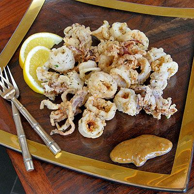 Fried Calamari with Chipotle Citrus Sauce - SippitySup