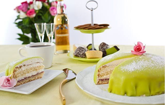 Princess Torte | Sweet Bakes | Pinterest