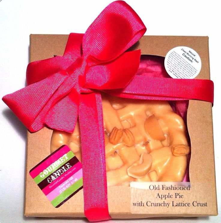 Old Fashioned Apple Pie with Crunchy Lattice Crust all boxed up ...