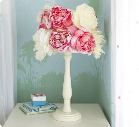 flower lamp shade diy knock off i could make that. Black Bedroom Furniture Sets. Home Design Ideas