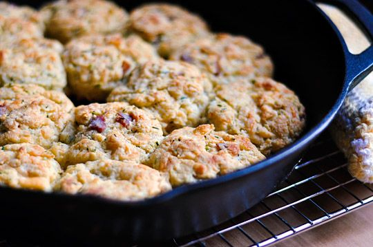 Side Dish Recipe: Bacon and Cheddar Cheese Biscuits
