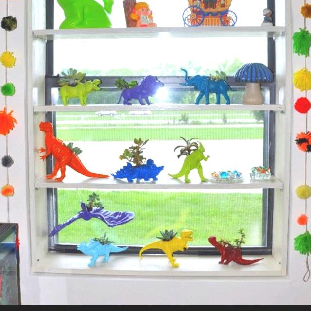 Diy toy dinosaur succulent planters