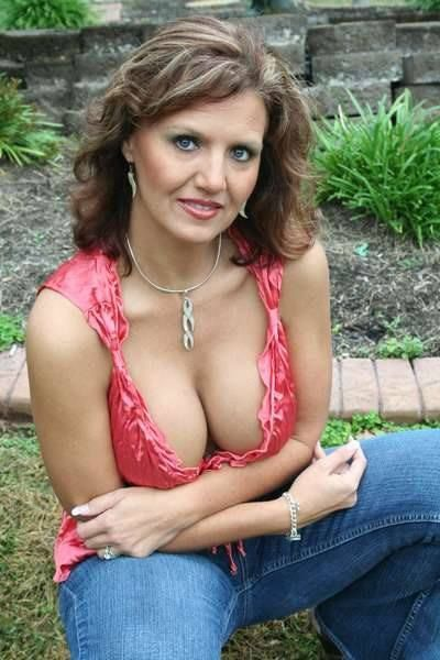 Sexy Moms next door! ♥♡¡ | Girls | Pinterest | Sexy, Lady ...