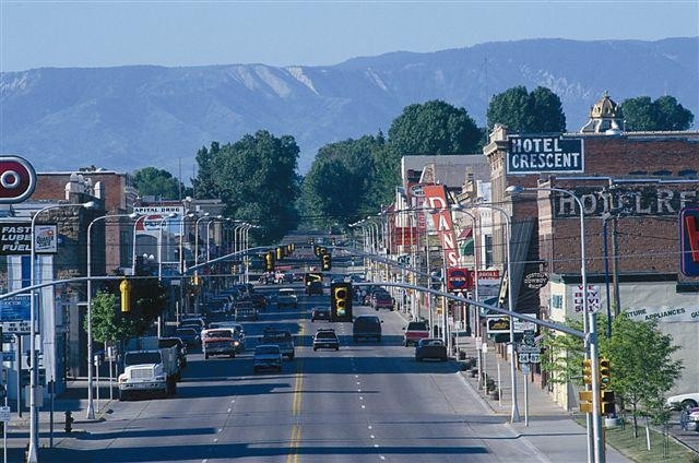 sheridan wyoming up and coming small towns