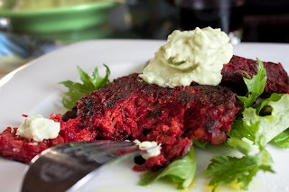 Beet Veggie Burger | Vegetarian cooking | Pinterest