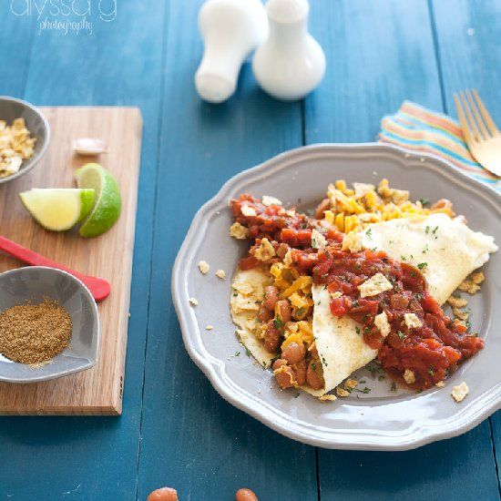 Skinny Huevos Rancheros Omelette: all of the flavor of the classic ...