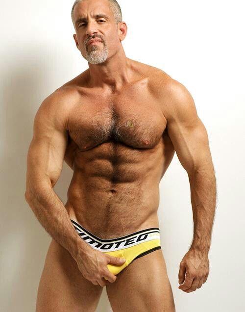 фото галереи геев